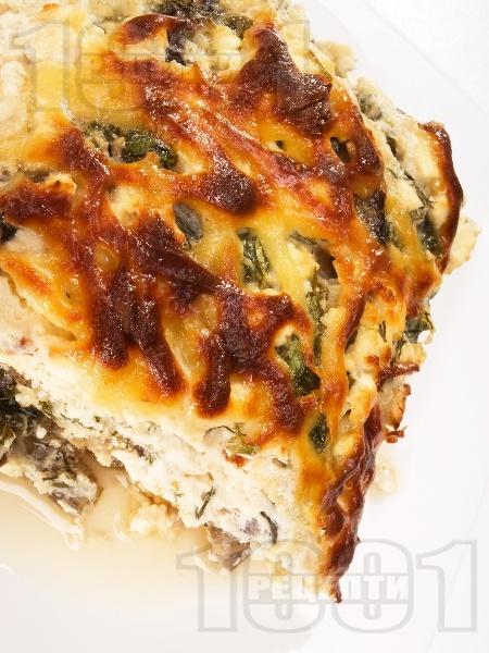 Печени патладжани със сирене, кашкавал и яйца огретен на фурна - снимка на рецептата